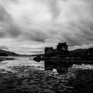 Elilean Donan Castle - Scotland